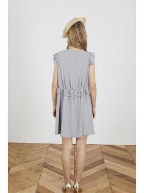 Vestido crepe gris volantes