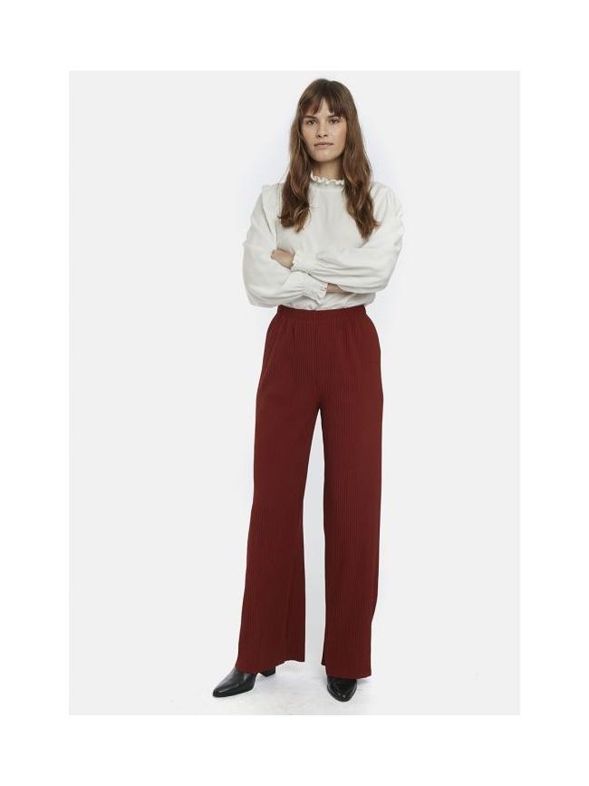 Pantalón recto caída color teja